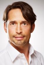 Dr. Dominik Emmerich